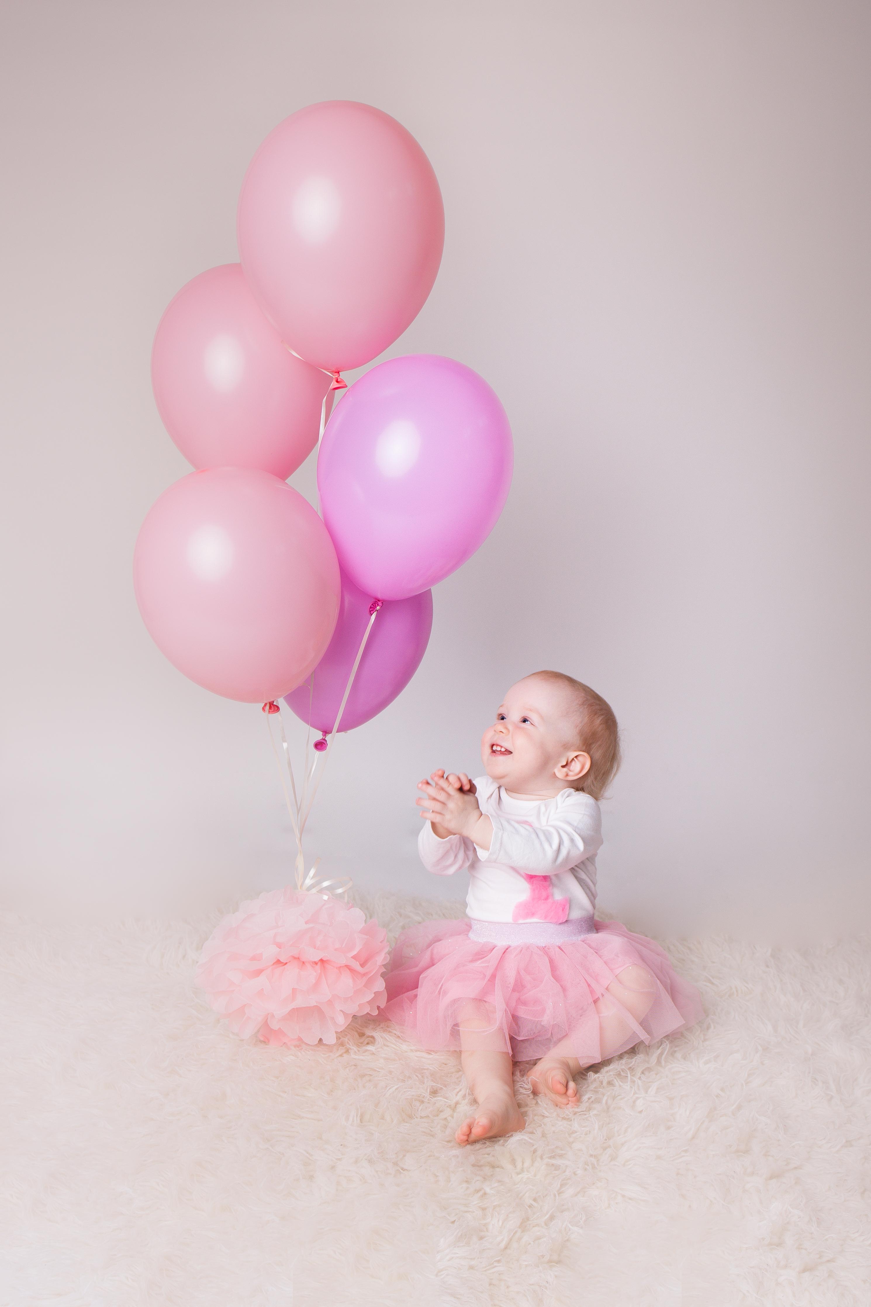 Sesja na Roczek, balony, dziewczynka, roczek