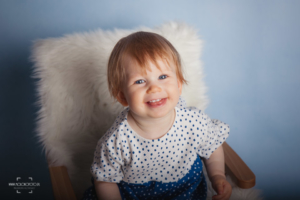 sesja zdjęciowa, dziewczynka, uśmiech