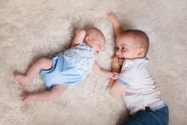 rodzeństwo, sesja zdjęciowa, noworodek