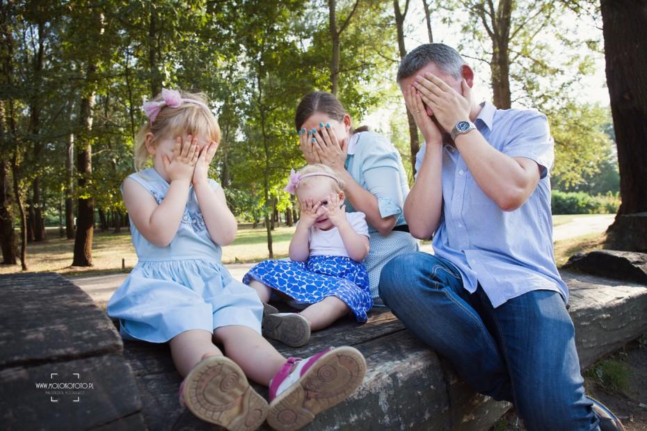 Rodzinny spacer – plenerowa sesja fotograficzna